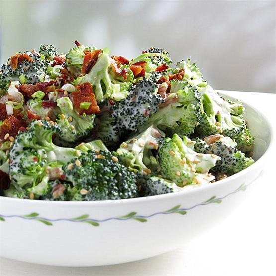 Easy Bacon Broccoli Salad