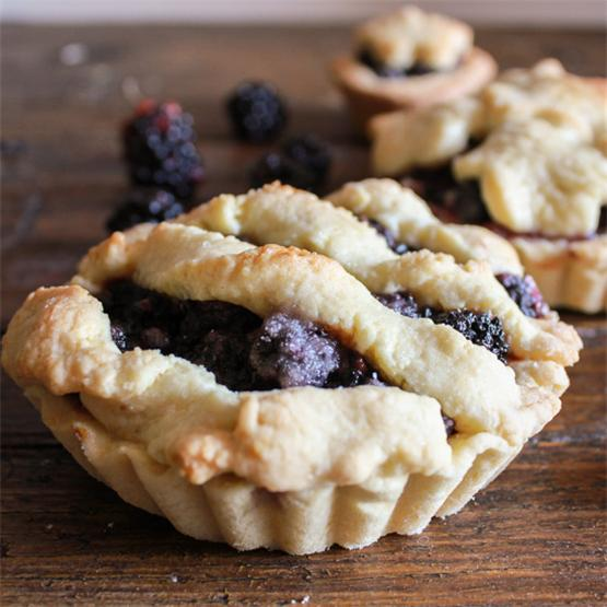 Fresh Blackberry Mini Pies