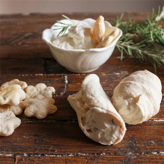 Rosemary Cannoli Crackers