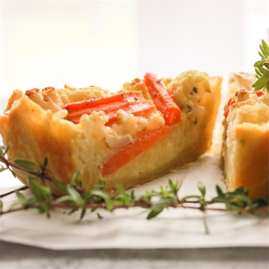 Baked Cauliflower Carrot Cheese Pie
