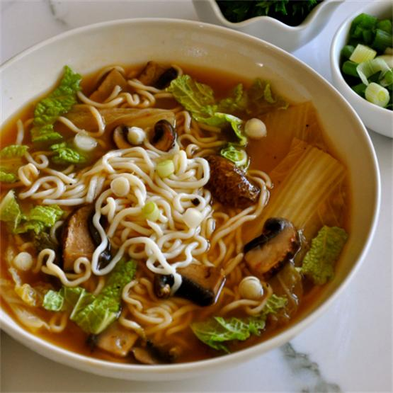 Easy Vegan Hot and Sour Soup with Cabbage, Mushrooms & Noodles