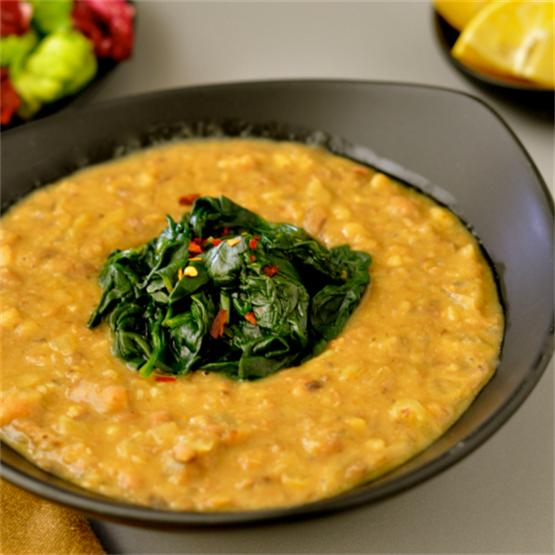Black-Eyed Pea Soup with Greens & Fennel Seeds