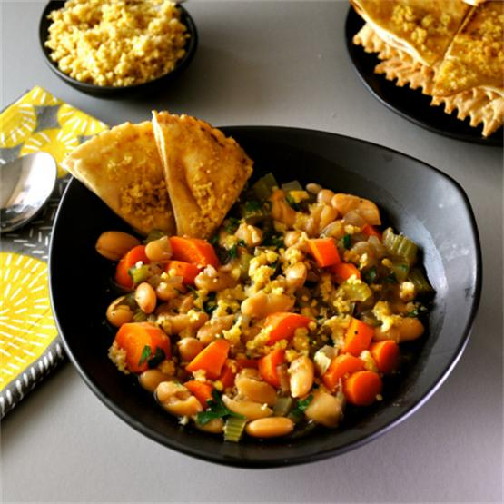 Quick & delicious cannellini soup with pine nut parmesan!