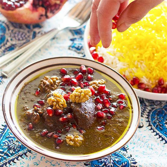 Persian Pomegranate and Walnut Stew - Khoresht Fesenjan