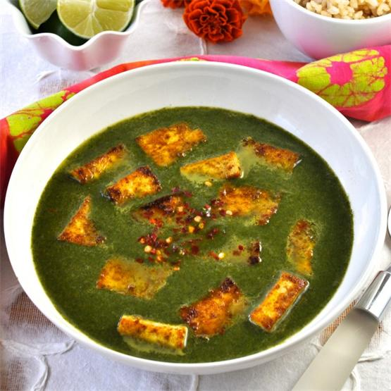 Spice up your night with this healthy Palak Paneer with Tofu