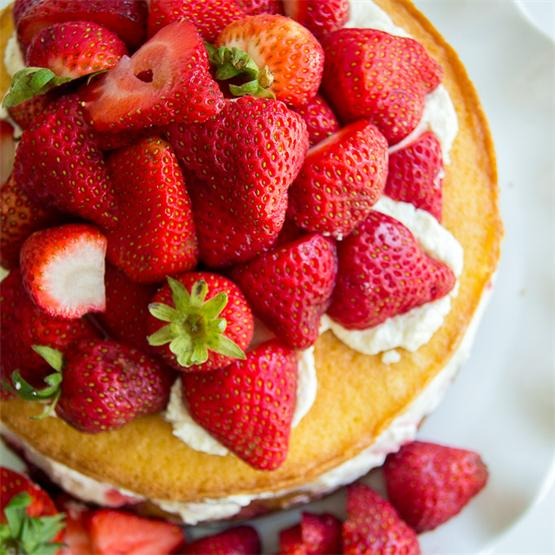 Victoria Sponge Cake with Balsamic Strawberries