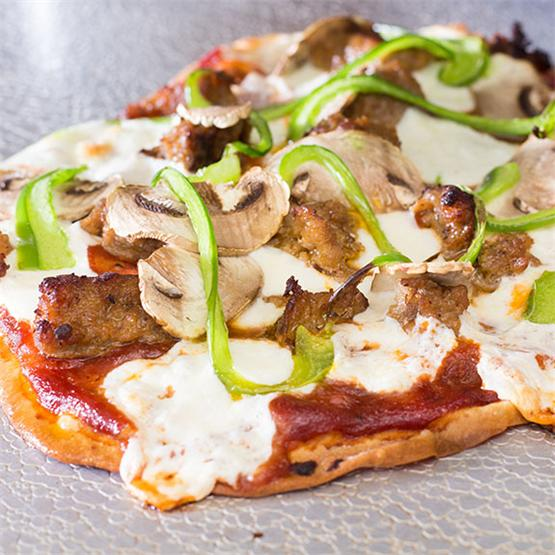 Flat Bread Pizza - crispy & quick