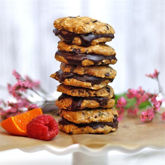 Raw Chocolate Cashew Cream Cookies