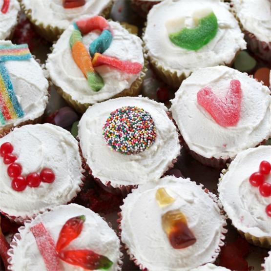 Love Letter Skinny Vanilla Cupcakes