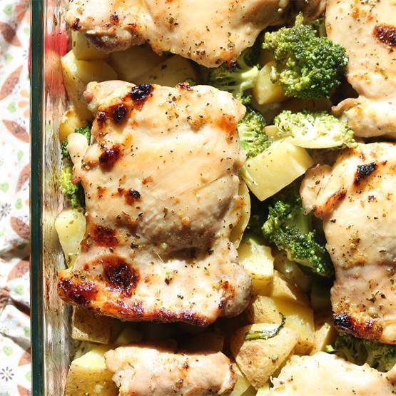 The Best One-Pan Honey Garlic Chicken