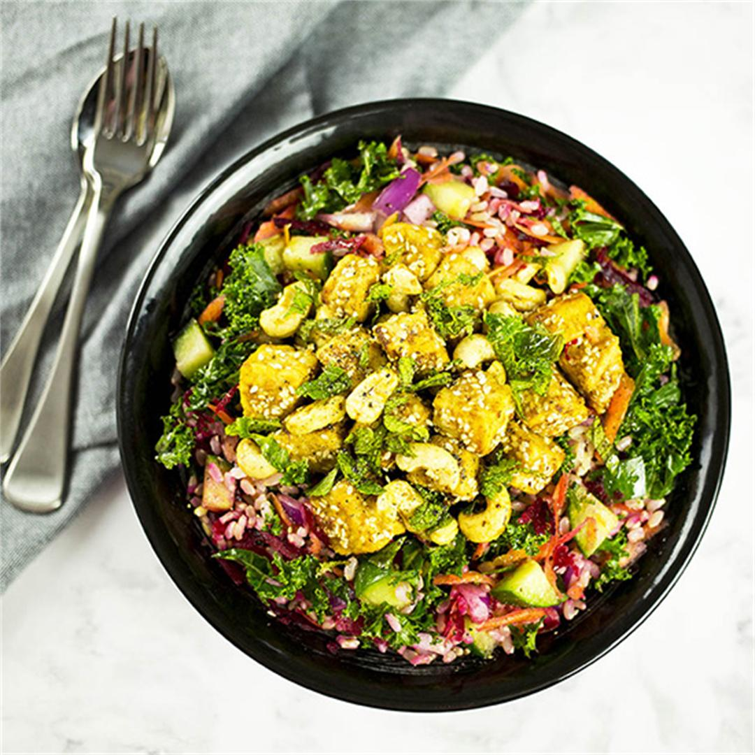 Peanut-Miso Tempeh Salad Bowl with Cashew Nuts