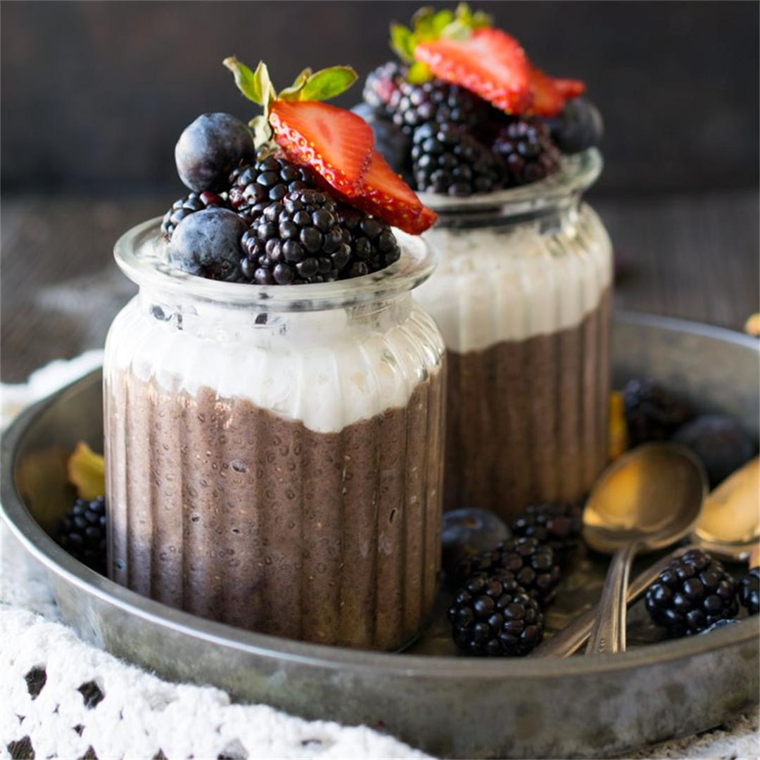 Chia Pudding Parfait With Acai Maqui Superfood Blend Crystal