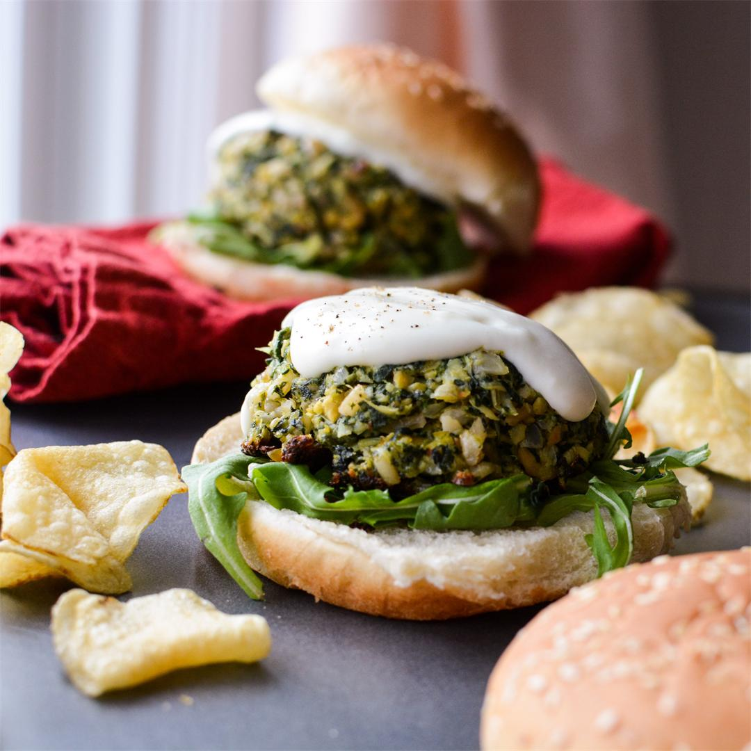 Spinach Artichoke Dip Burgers