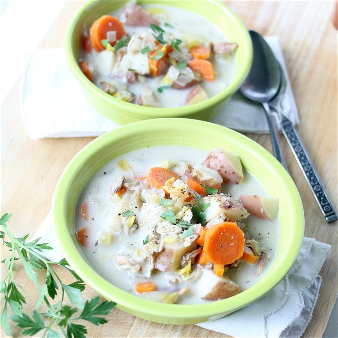 Slow Cooker New England Clam and Vegetable Chowder