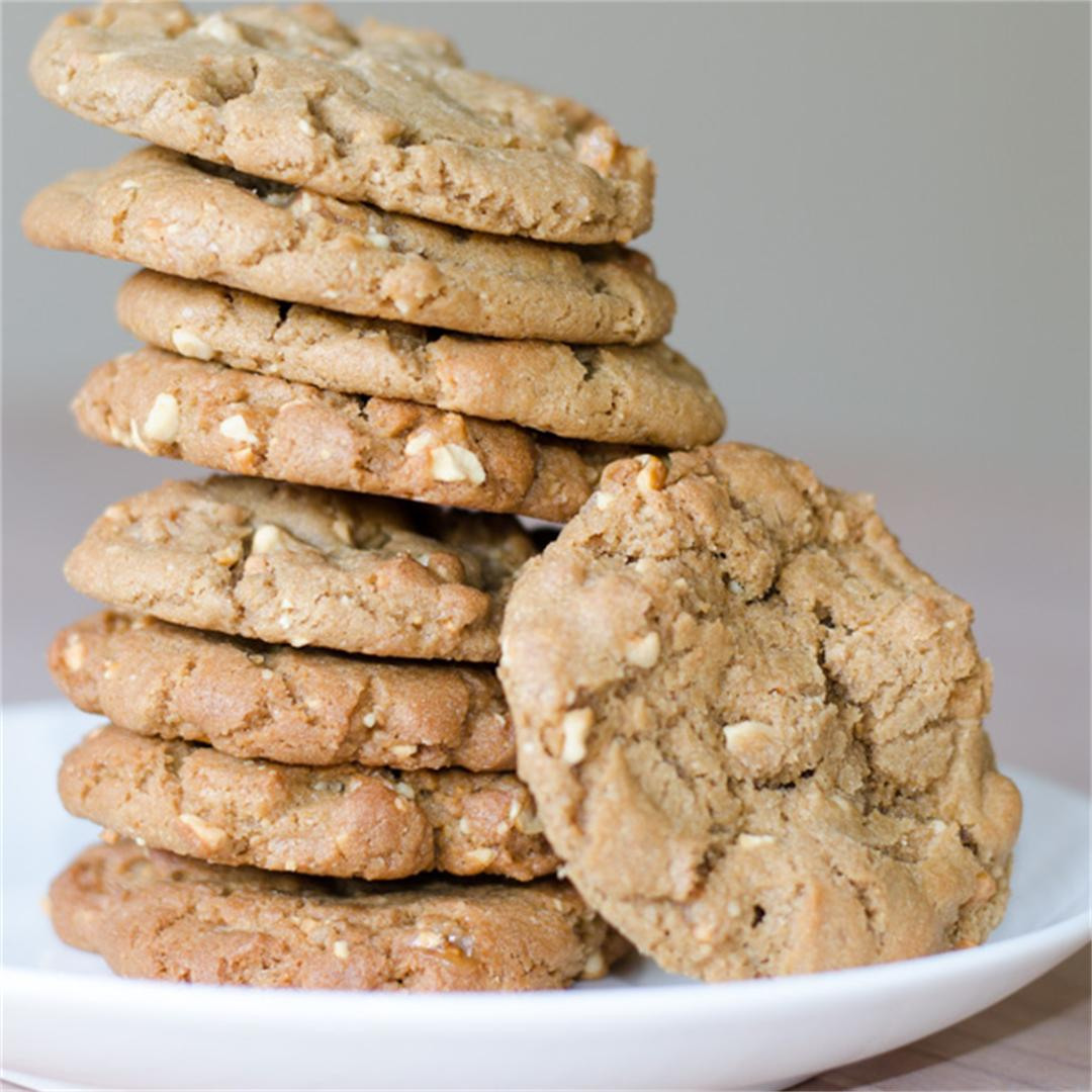 Crunchy, nutty and delicious peanut butter brittle cookies.