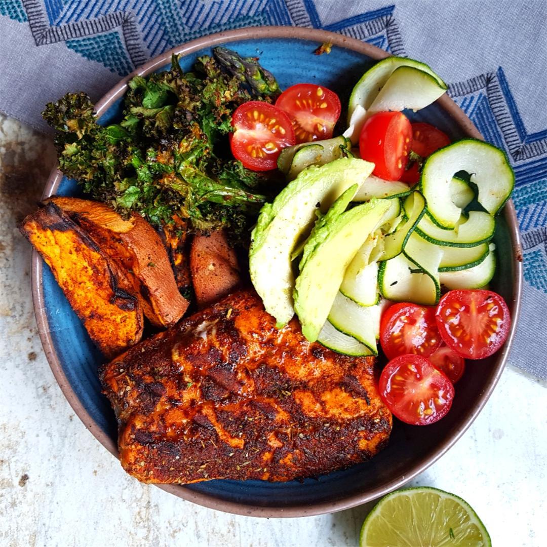 Blackened Salmon and Crispy Kale Bowls