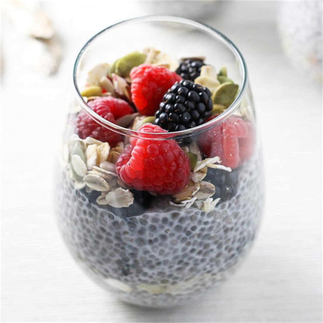 Chia Pudding Breakfast Parfait