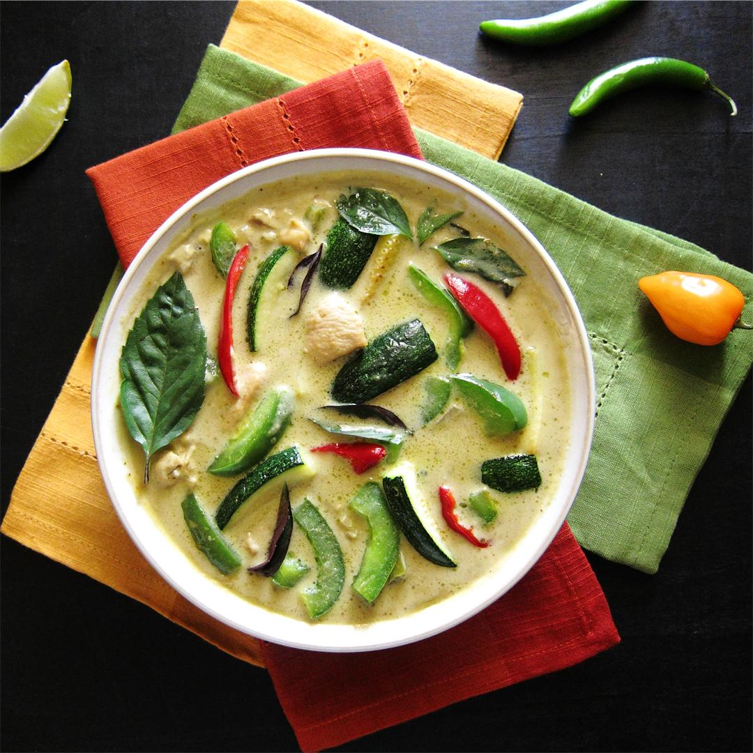 Instant Pot Thai Green Curry With Chicken