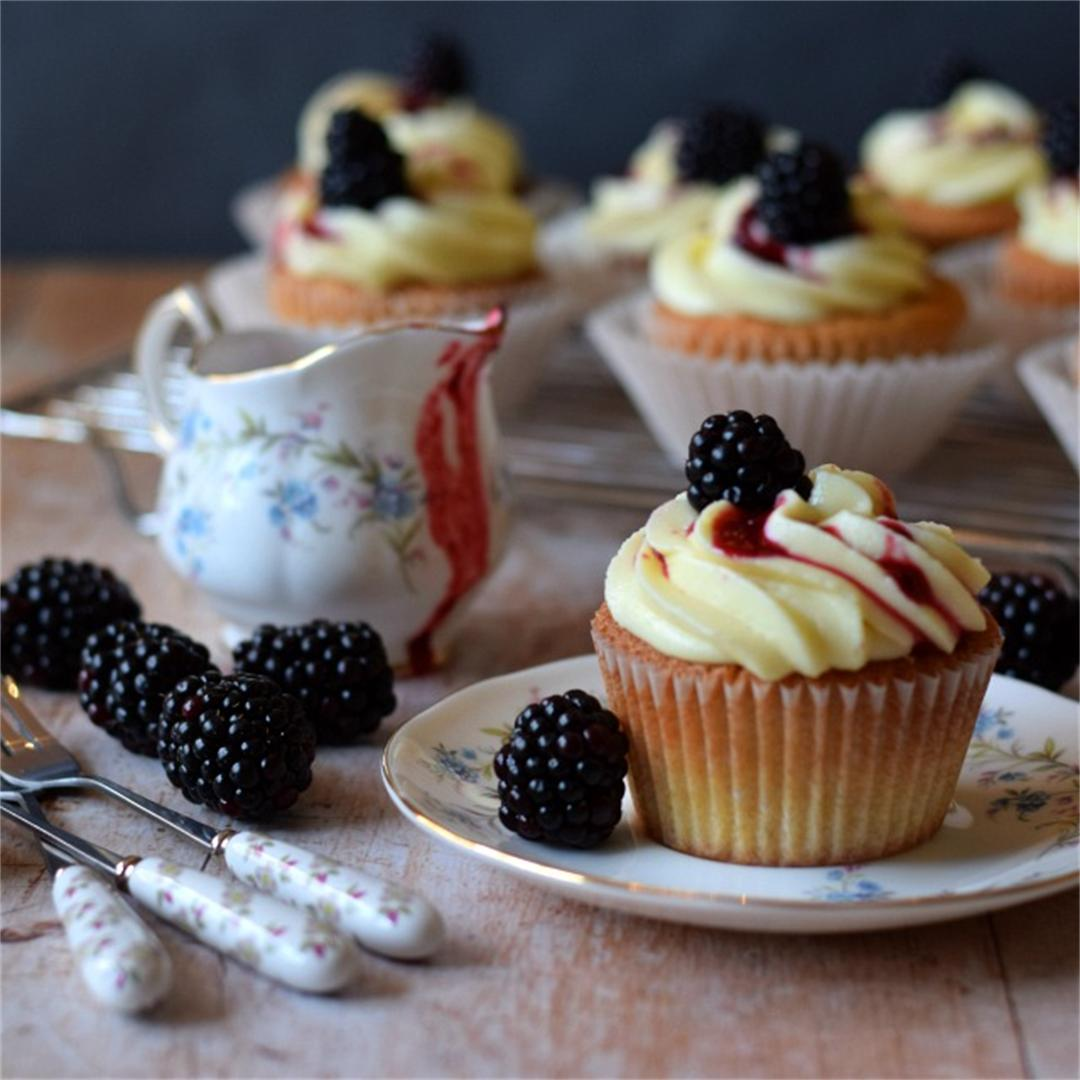 Blackberry & Pear Cupcakes, mascarpone & white chocolate frosti