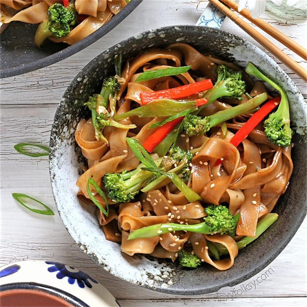 Quick & Easy Vegetable Chow Fun