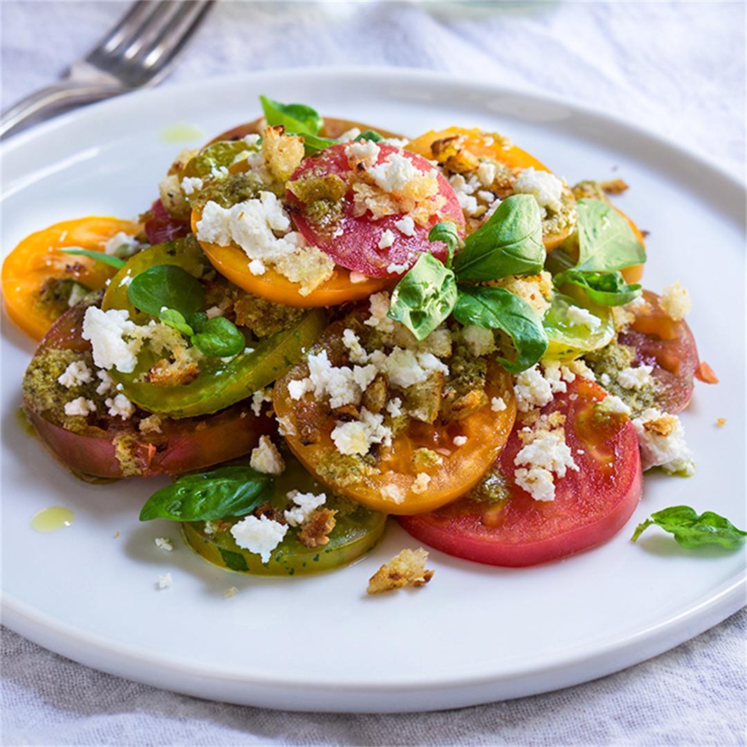 Tomato feta panzanella salad