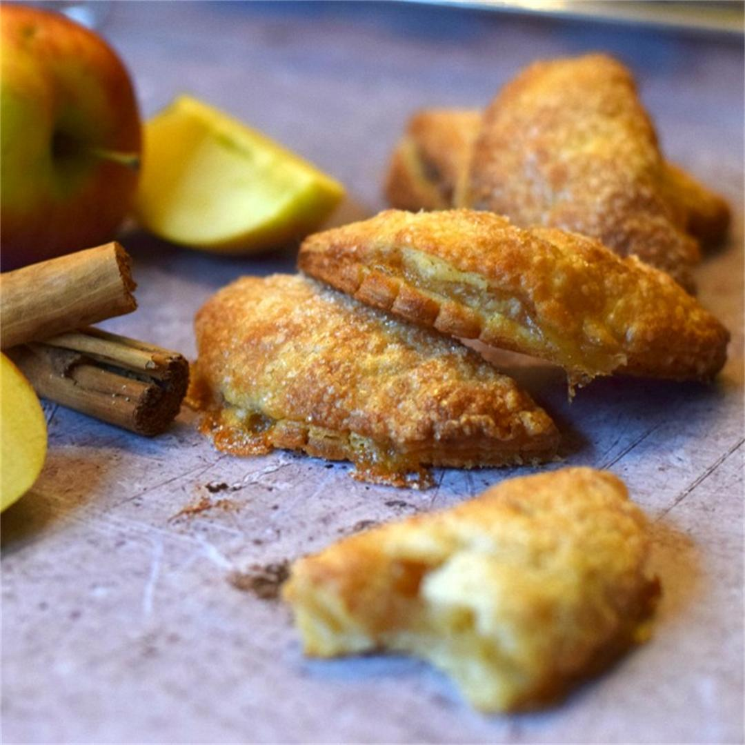 Mini Apple & Cinnamon Turnovers (hand pies)