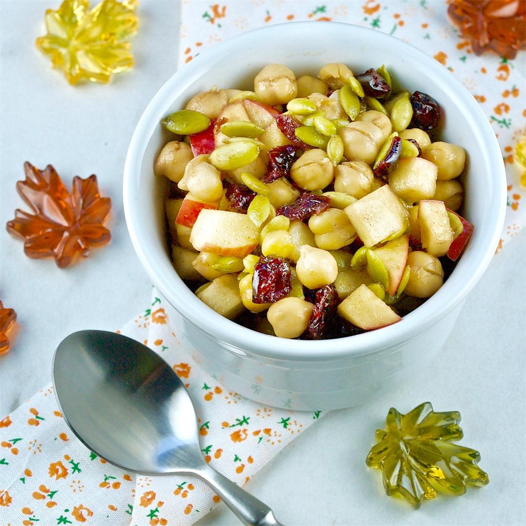 Fall Flavours Apple Chickpea All Day Salad