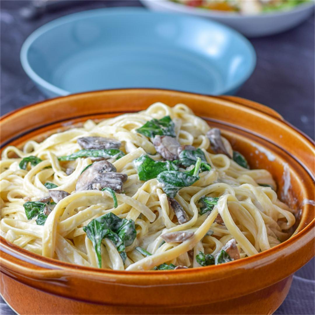 Spinach and Mushroom Fettuccini Alfredo