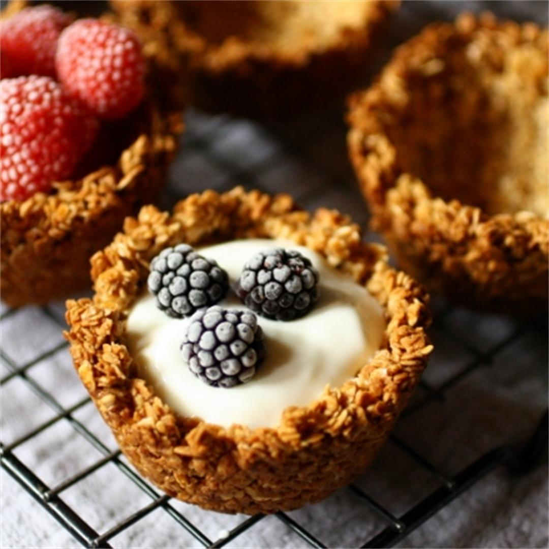 Easy breakfast granola cups. Only 3 ingredients