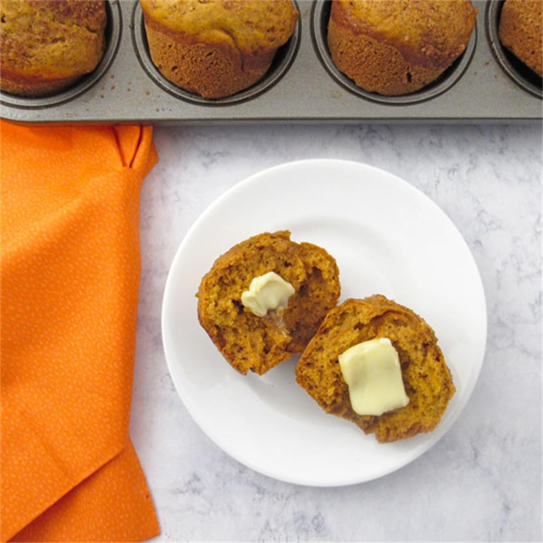 Pumpkin Muffins with Cinnamon Sugar Topping