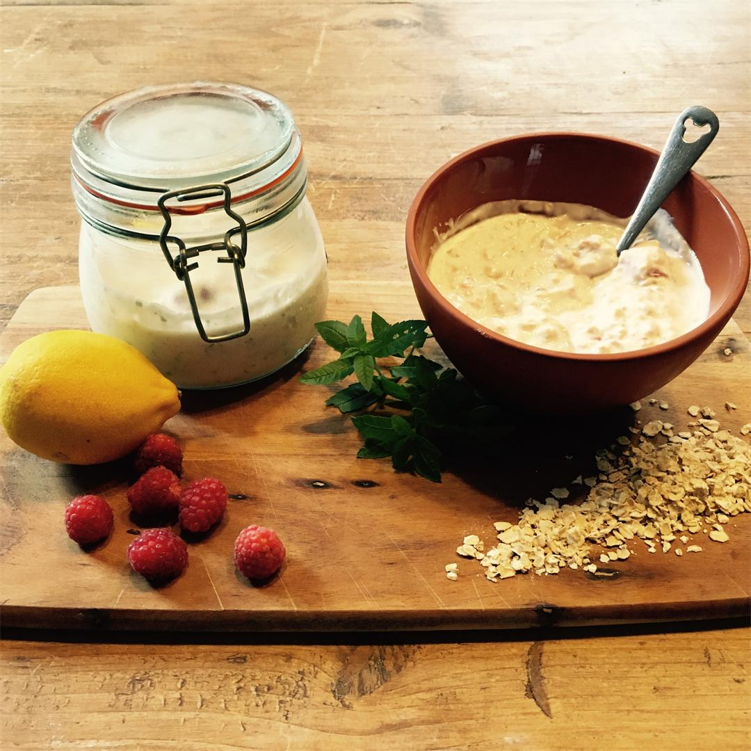 Creamy Lemon and Hearb Overnight Oats