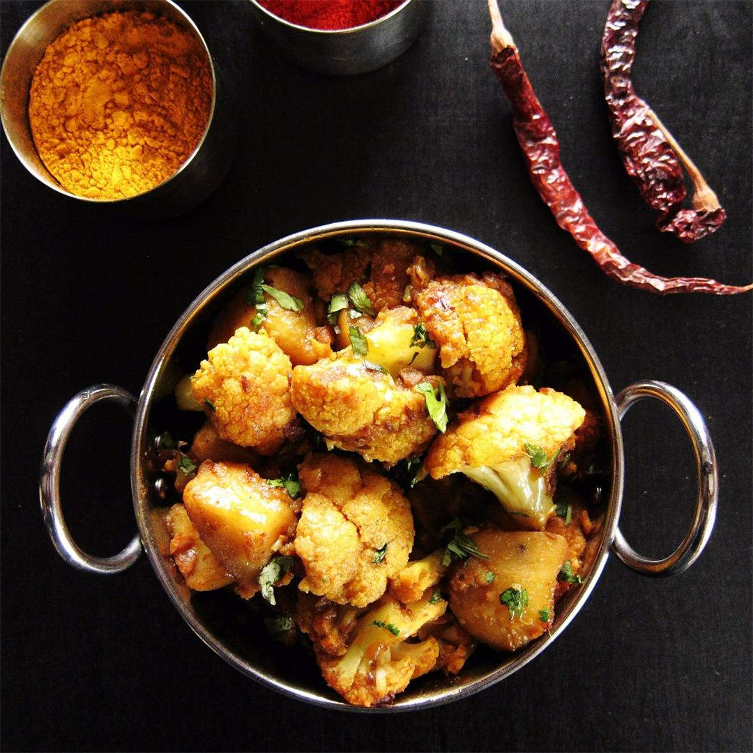 Easy Instant Pot Aloo Gobi | Indian Cauliflower With Potatoes
