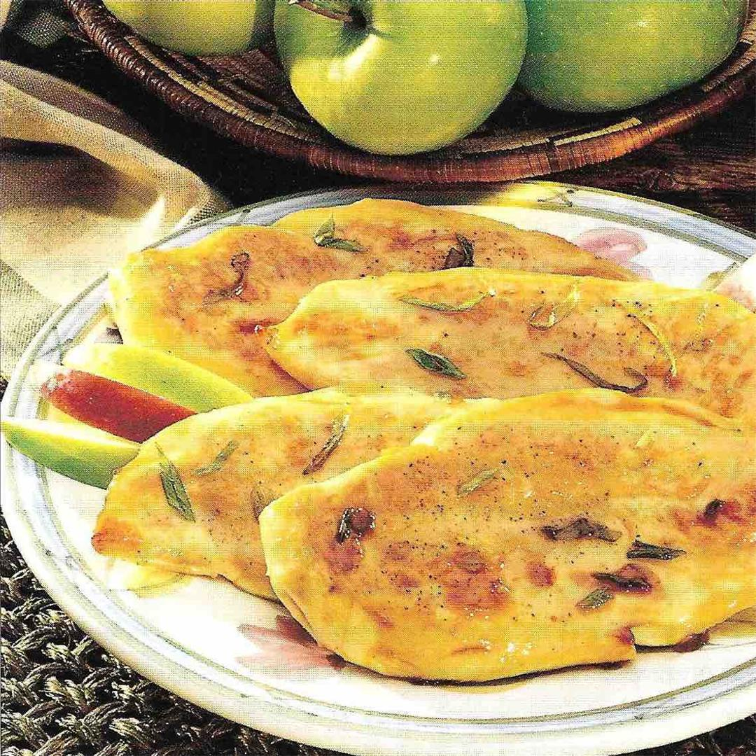 Turkey cutlets with apples