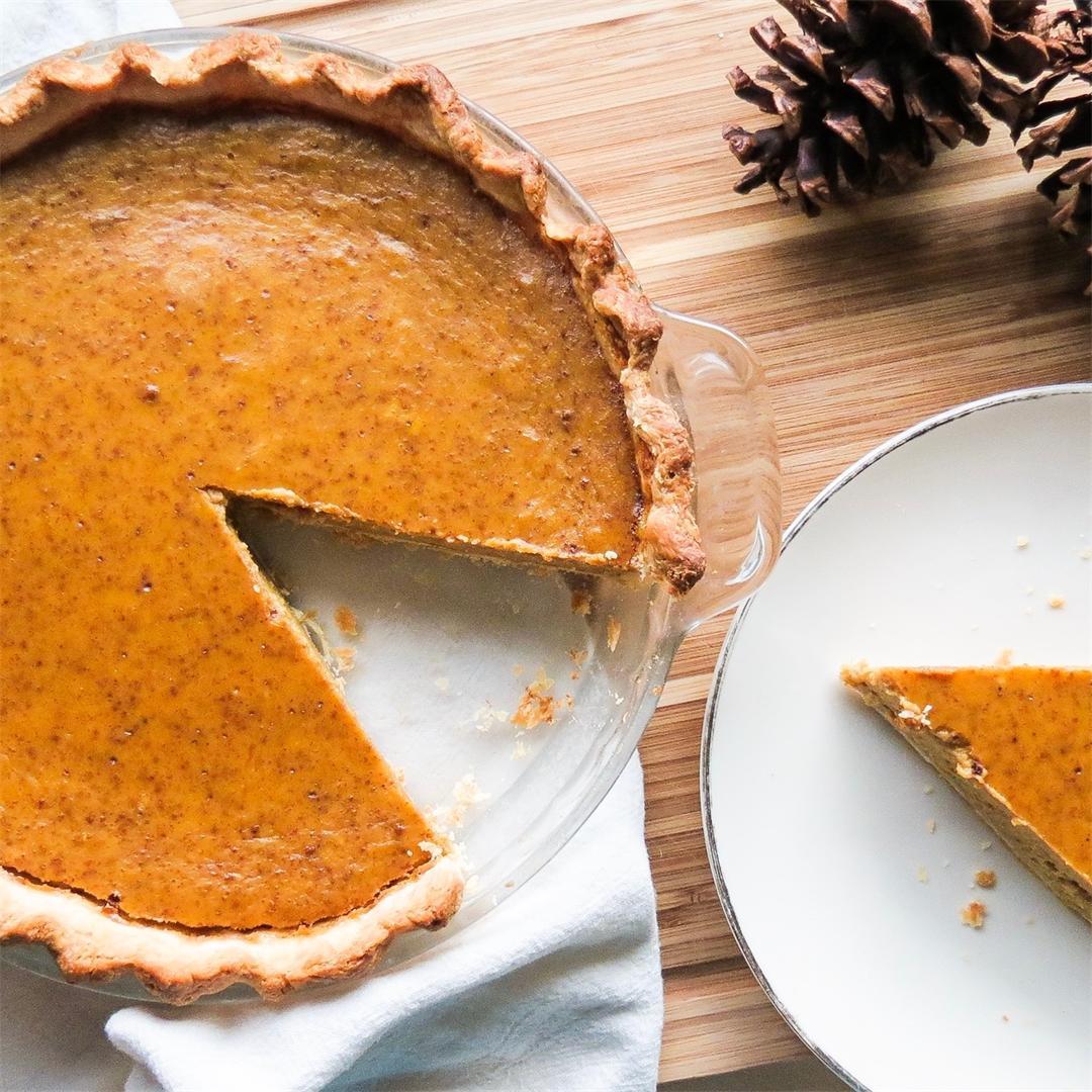 Classic Homemade Pumpkin Pie