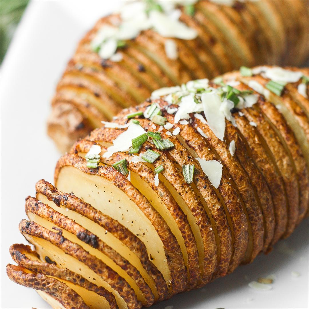 Hasselback Potatoes with Garlic Herb Butter
