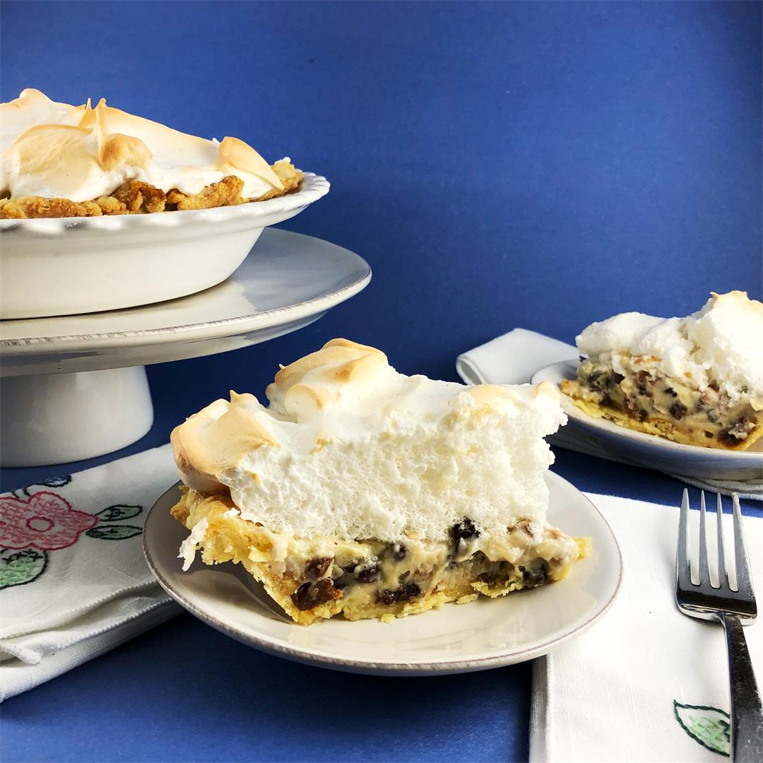 Sour Cream Custard Pie with Raisins and Walnuts