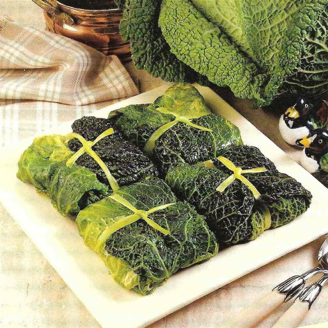 Cabbage ballotins with duck