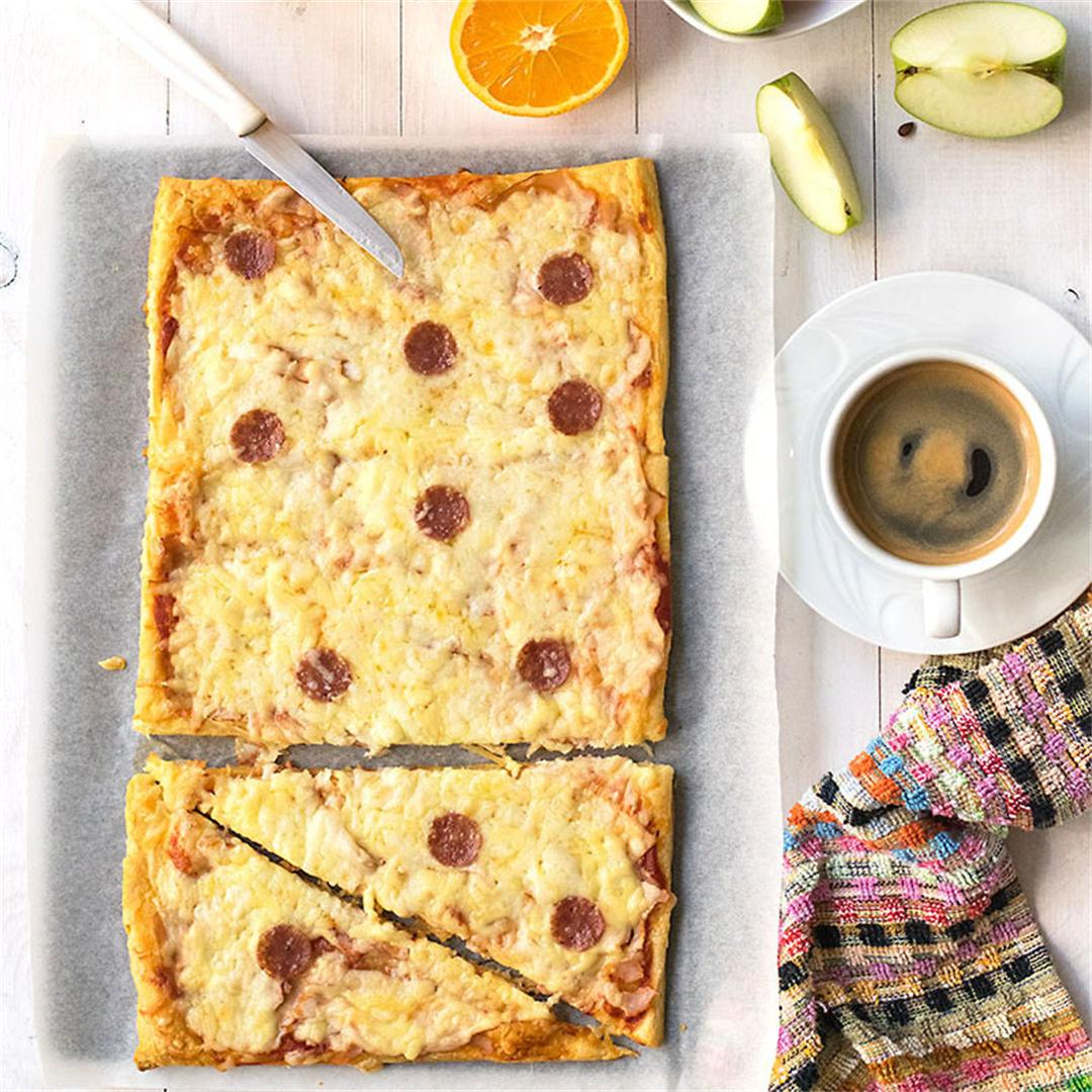 Croissant dough pizza (crizza?)
