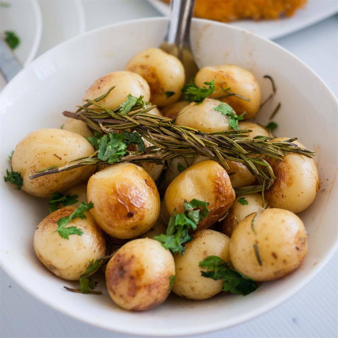 Perfect Lemon Rosemary Roast Potatoes