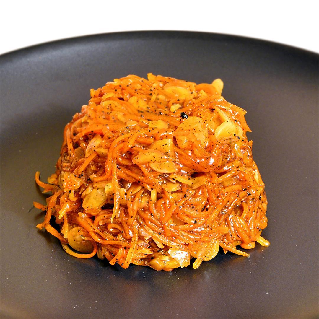 Hassle Free Rapid Carrot Halva (Bengali Gajorer Halwa)