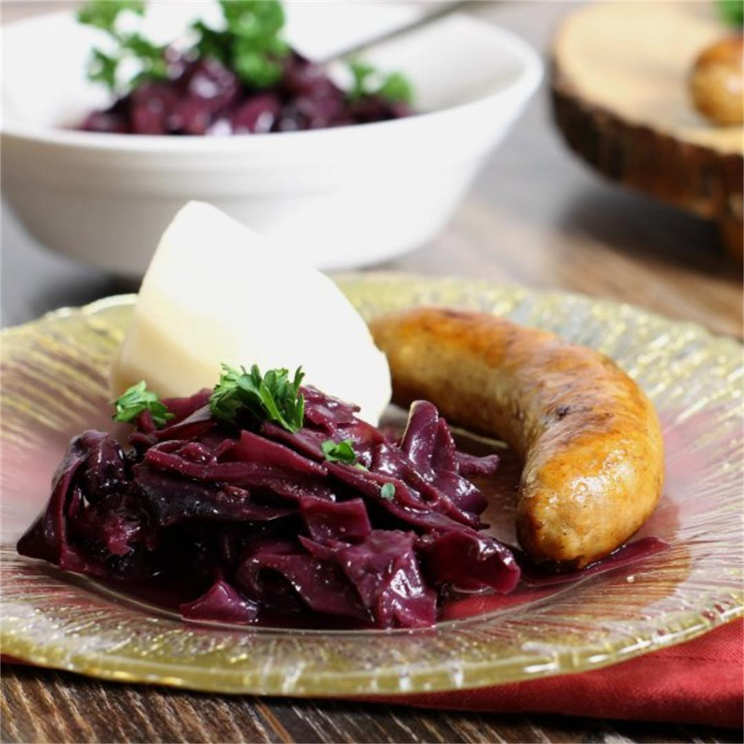 Blueberry & Clove Braised Red Cabbage