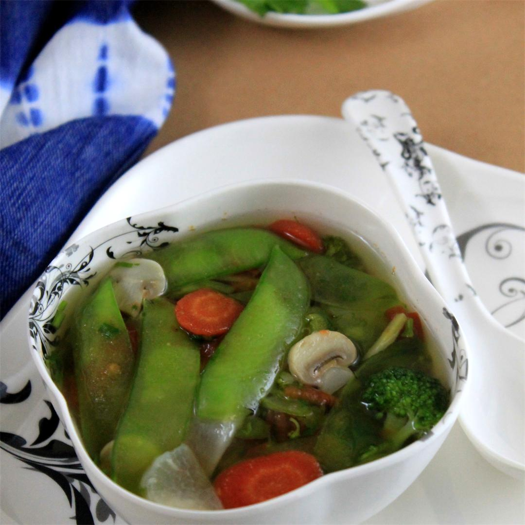 Tender Whole Green Pea Stew