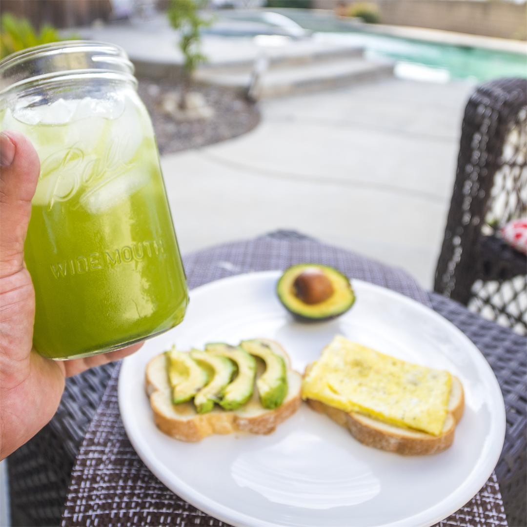 Quick and easy matcha green tea lemonade recipe