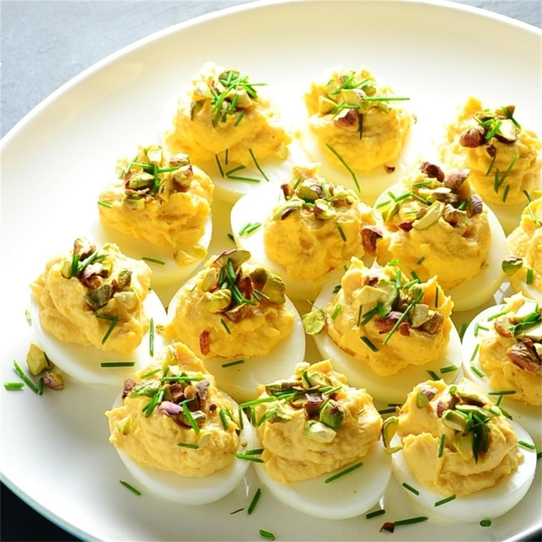 How To Make Devilled Eggs - Smoked Salmon Wasabi Devilled Eggs
