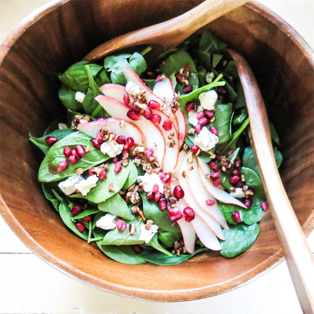 Spinach Salad with Pear & Pomegranate