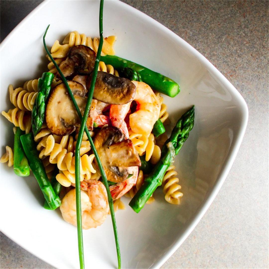 Pasta with Cremini Mushrooms, Shrimp and Asparagus.