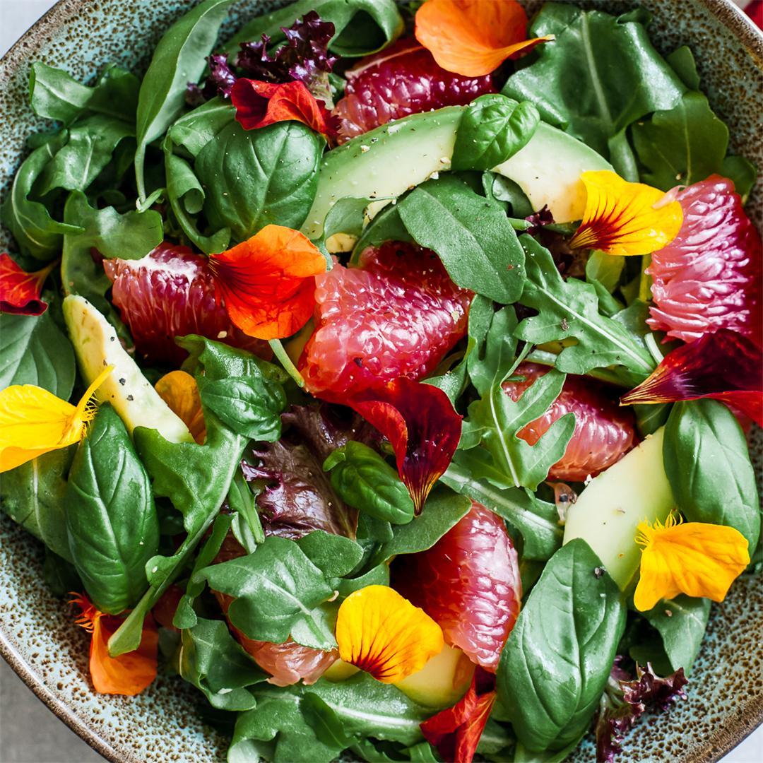 Grapefruit, rocket and avocado salad