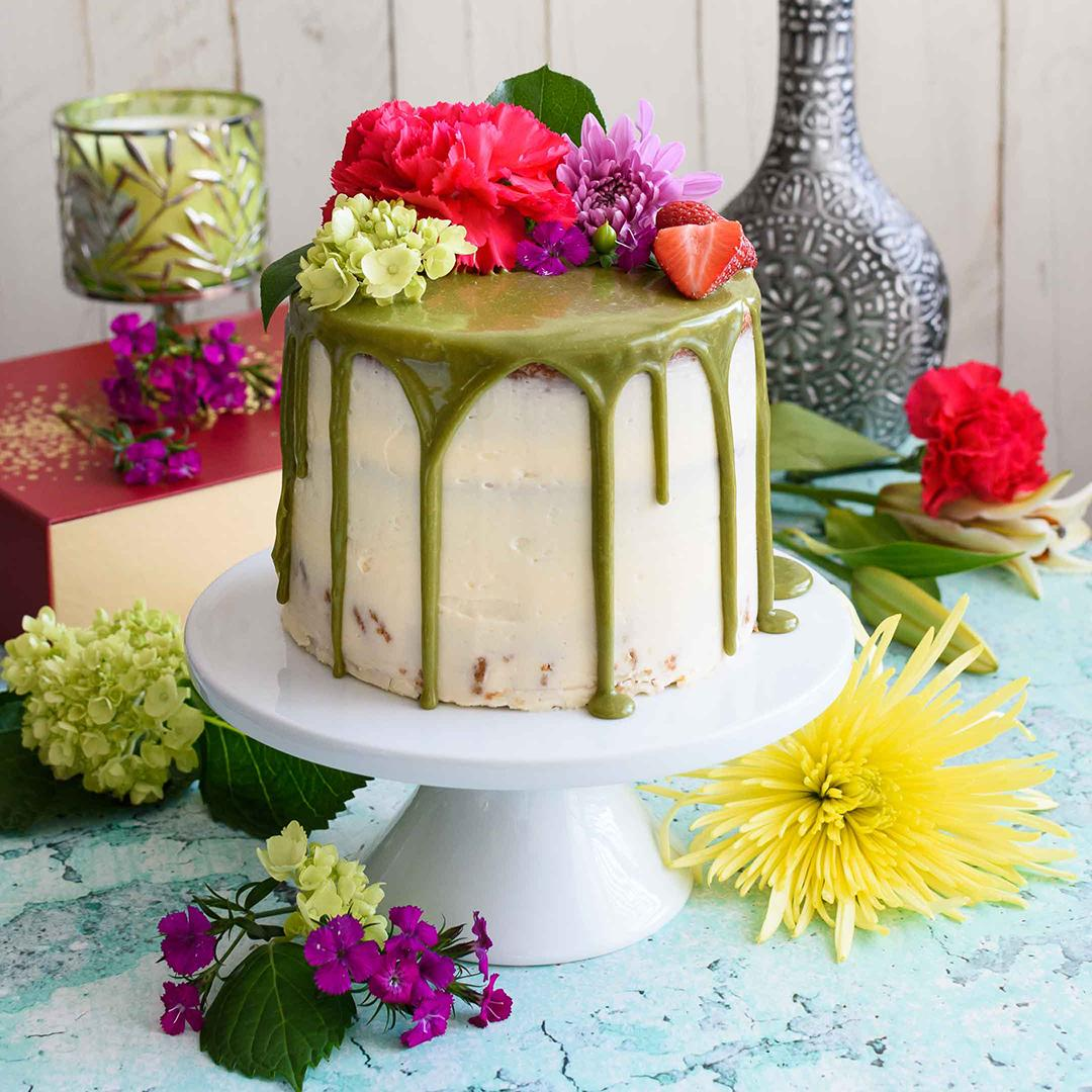 Matcha Cake with Buttercream Frosting and Matcha Drip