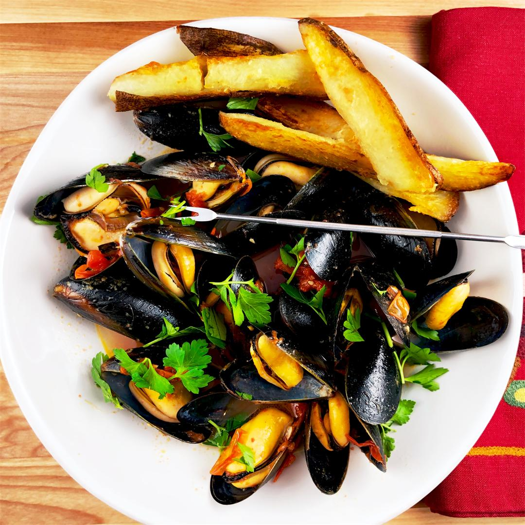 Steamed Mussels in White Wine Broth with Crispy Oven Fries
