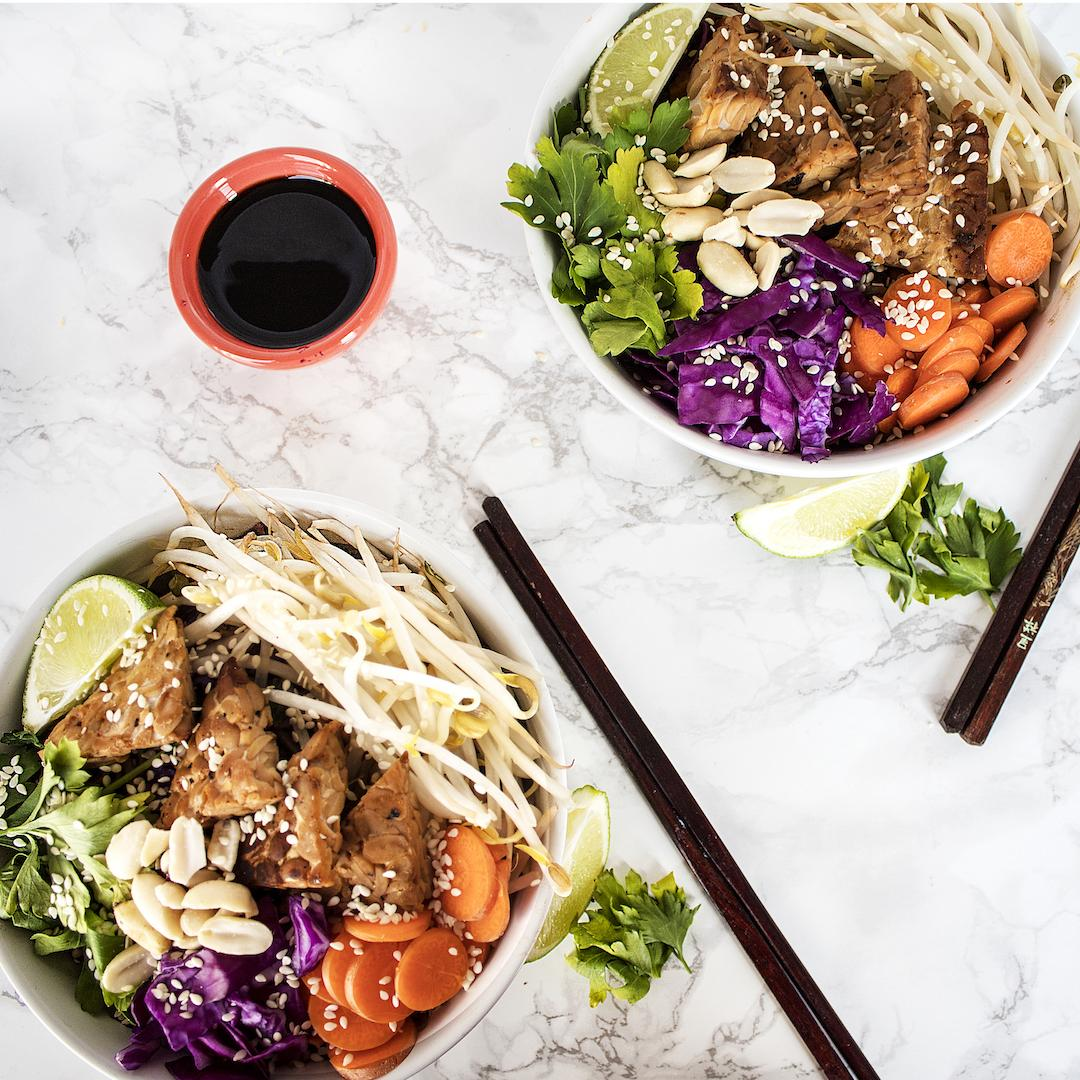 Vegan Soba Noodle Bowl with Peanut Sauce